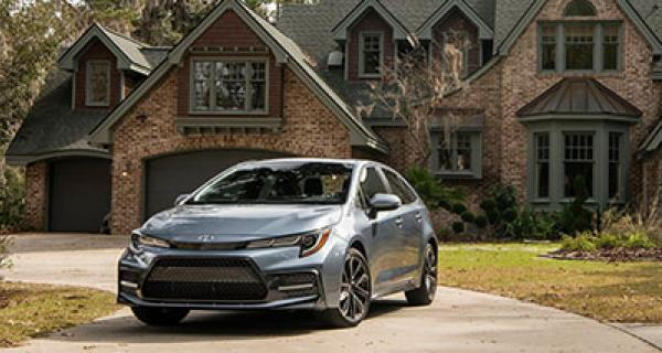 Hybrid sedan 2019-