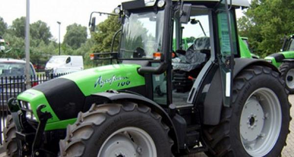 Deutz Agrofarm serie va 2012